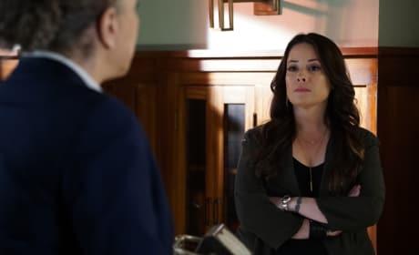 War of Words - Pretty Little Liars Season 6 Episode 8
