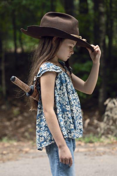 A New Sheriff In Town - The Walking Dead Season 9 Episode 9