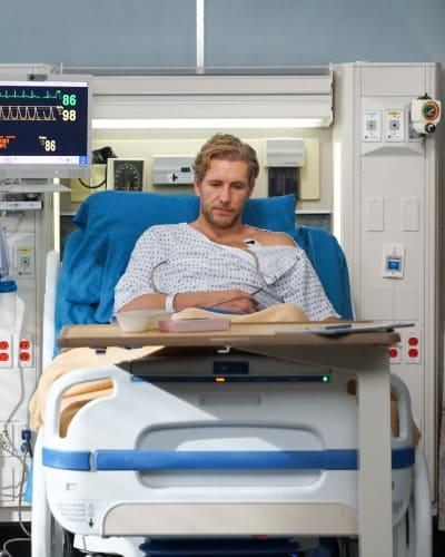 Hopeless and Heartbroken  - Grey's Anatomy Season 15 Episode 23