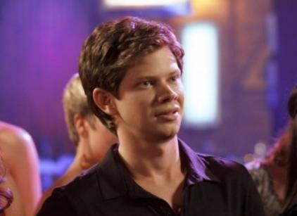 Watch One Tree Hill Season 7 Episode 12 Online