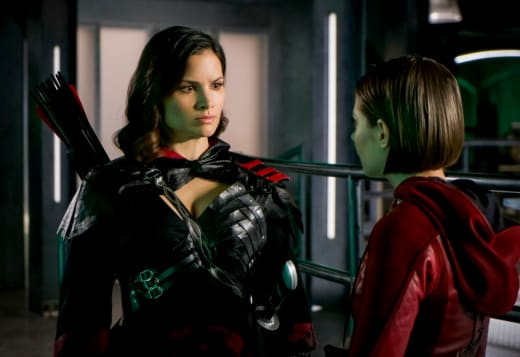 A Warning to Thea - Arrow
