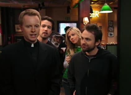 Watch It's Always Sunny in Philadelphia Season 2 Episode 7 Online