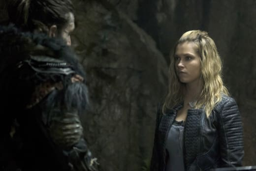 A Tense Meeting – The 100 Season 4 Episode 5