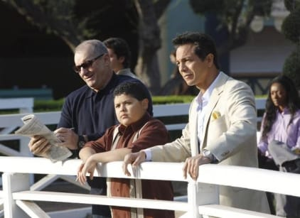 Watch Modern Family Season 3 Episode 11 Online