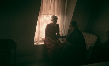 It's Not What It Looks Like - The Handmaid's Tale Season 2 Episode 9