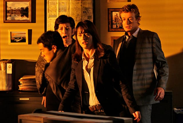 Watch The Mentalist Season 2 Episode 8 Online - TV Fanatic