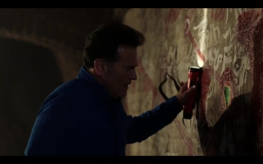The Writing On The Wall - Ash vs Evil Dead Season 3 Episode 4