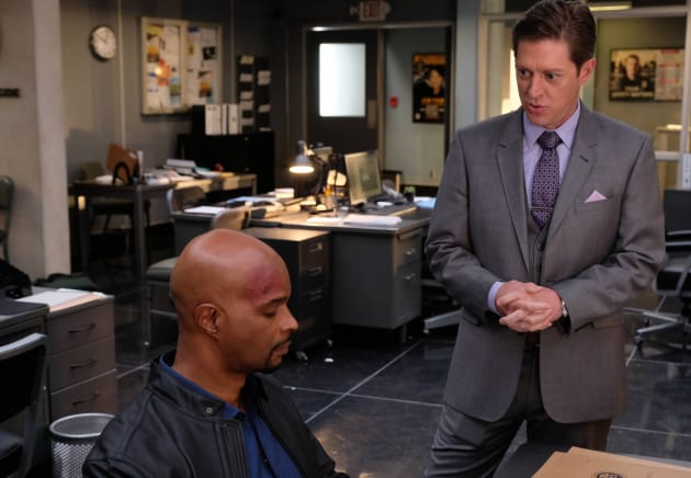 Let's Be Serious - Lethal Weapon Season 1 Episode 18
