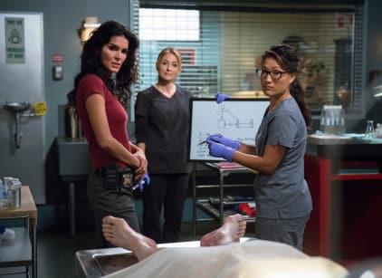 Watch Rizzoli & Isles Season 5 Episode 18 Online