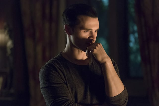 Enzo Gets To Work On A New Plan - The Vampire Diaries Season 7 Episode 21