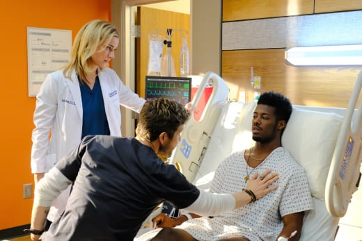 Touches the Heart - The Resident Season 1 Episode 2