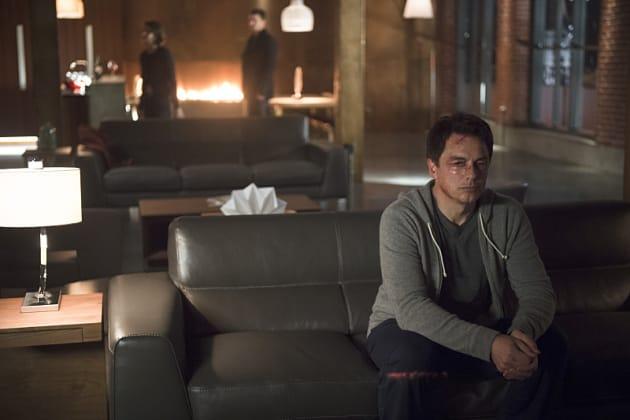 Daddy's Home - Arrow Season 3 Episode 16