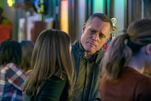 Voight Off Duty - Chicago PD Season 4 Episode 7