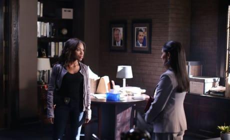 Abbie and Vasquez chat - Sleepy Hollow Season 2 Episode 3