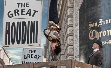The Great Houdini Performs