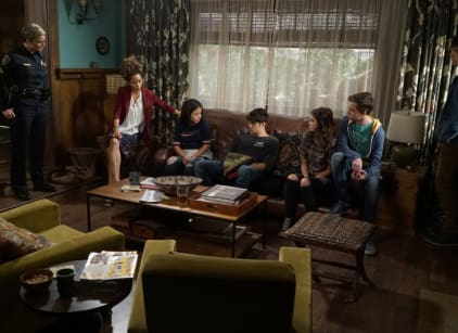 Watch The Fosters Season 4 Episode 2 Online