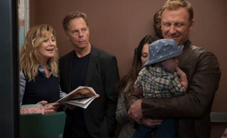 Doting Daddy - Grey's Anatomy Season 15 Episode 1
