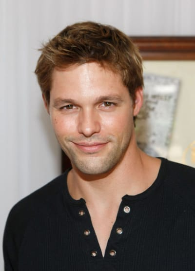 Justin Bruening Joins Cast of Wonder Woman - TV Fanatic
