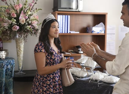 Watch Jane the Virgin Season 2 Episode 18 Online