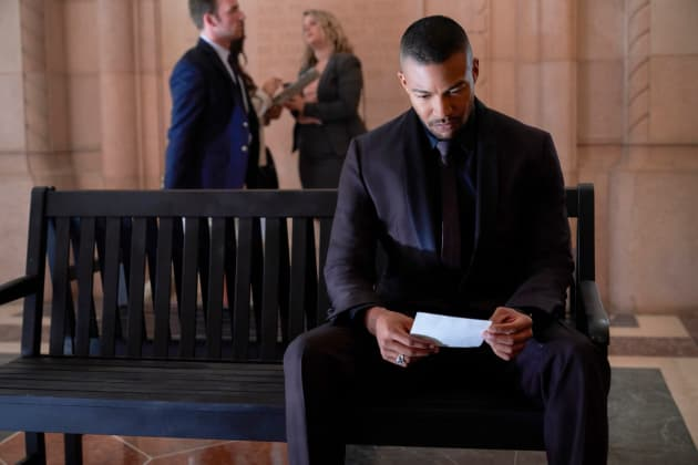 Marcel's Back! - The Originals Season 5 Episode 1 - TV Fanatic