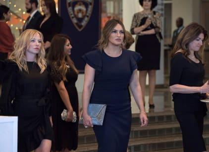 Watch Law & Order: SVU Season 20 Episode 18 Online