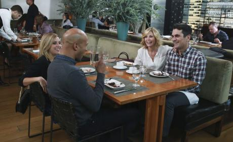 Paying the Bill - Modern Family