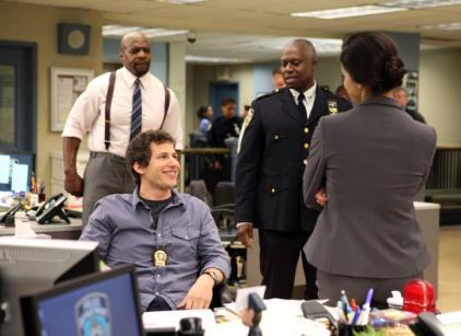 Watch Brooklyn Nine-Nine Season 1 Episode 1 Online