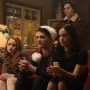 Holiday Spirit - Riverdale Season 2 Episode 9
