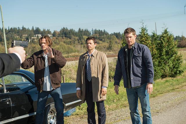 Hands up! - Supernatural Season 12 Episode 8