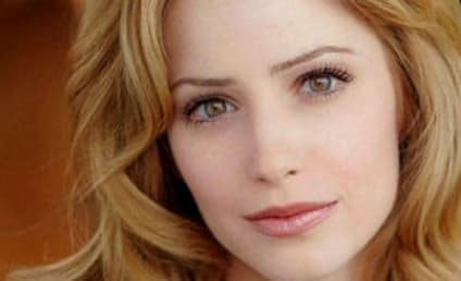 Jamie Ray Newman to Play Mysterious Woman on Life Unexpected