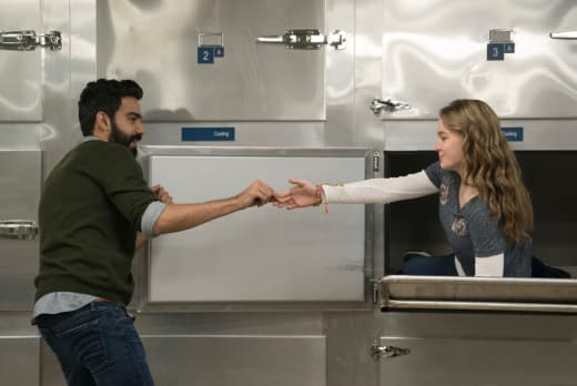 Ravi's New Project - iZombie Season 4 Episode 9