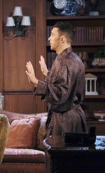 Threatening Chad/Tall - Days of Our Lives