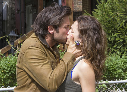 Watch Shameless Season 3 Episode 1 Online