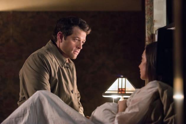 Castiel checks in on Kelly - Supernatural Season 12 Episode 23