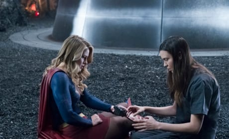 The Black Rock - Supergirl Season 3 Episode 23