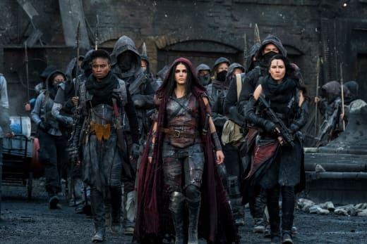 Octavia Makes It Reign - The 100 Season 5 Episode 5