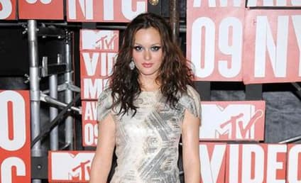 Gossip Girl Stars Heat Up MTV VMAs