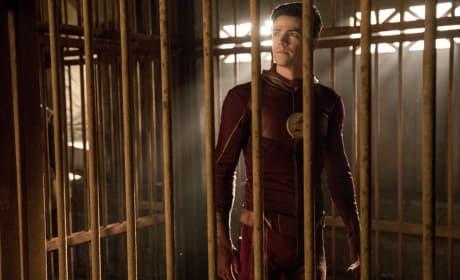 Unmasked Flash - The Flash Season 3 Episode 13