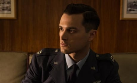 A Man with a Mission - Project Blue Book Season 1 Episode 1