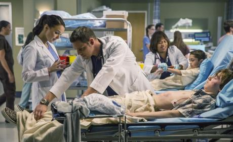 Karev at Work - Grey's Anatomy Season 11 Episode 9