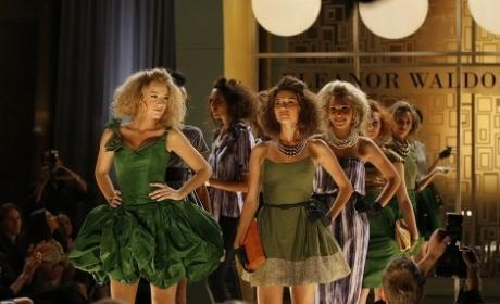 Gossip Girl Season 2 Episode 5 The Serena Also Rises The Following
