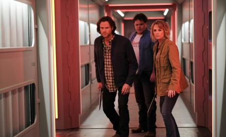 Sam and Mary head into the nest - Supernatural Season 12 Episode 14