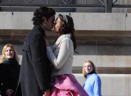 Watch Gossip Girl Season 5 Episode 20 Online