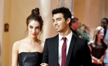 Joe Jonas on 90210