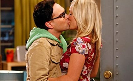 The Big Bang Theory: Season Three Premiere Pics