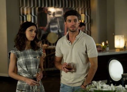 Watch Grand Hotel Season 1 Episode 5 Online