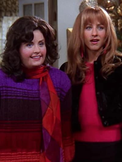 Monica and Rachel - Friends Season 5 Episode 8