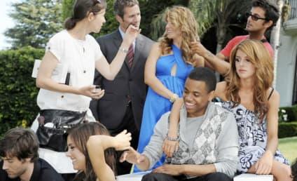 90210 Photos: Cast on Set!
