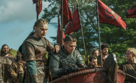 Ivar and Hvitserk Lead the Army - Vikings Season 5 Episode 8