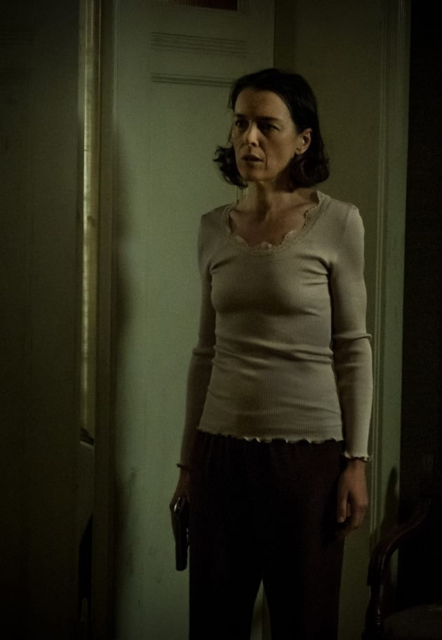 Where Is My Husband? - Counterpart Season 2 Episode 8